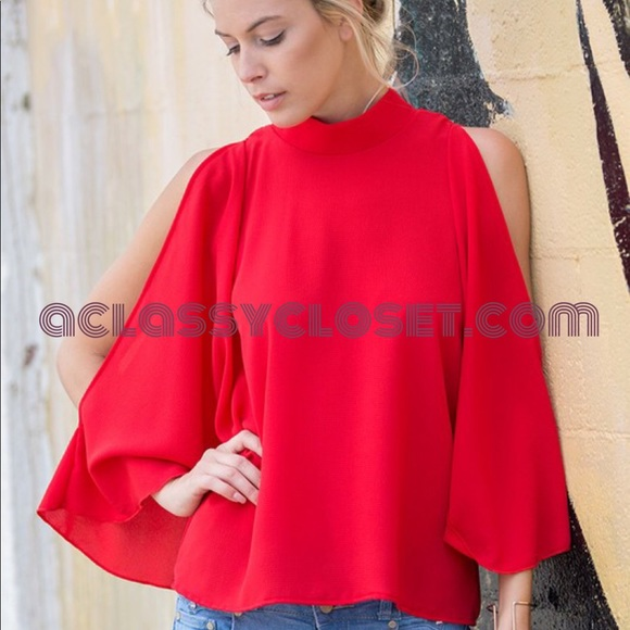 bf3e2d66e08231 Missy Red Cold Shoulder Flare Top